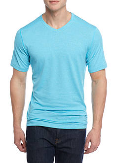 Ocean & Coast® Short Sleeve V-Neck Shirt