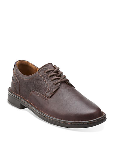 Clarks Kyros Shoes