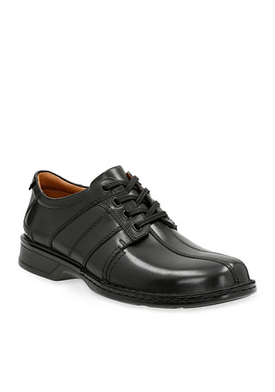 Clarks Touareg Vibe Lace-Up Shoe