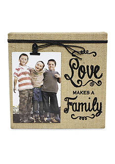 Fetco Home Decor 'Love Makes A Family' Burlap 4x6 Clip Frame