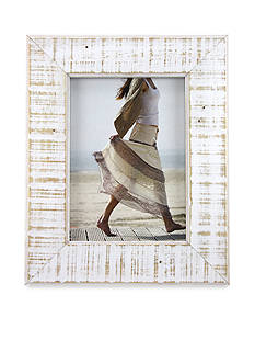 Fetco Home Decor Distressed White 4x6 Frame