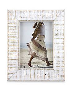 Fetco Home Decor White Distressed 5x7 Frame