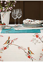 Chrip White Round Tablecloth 70-in. x 70-in.