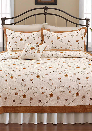 Nostalgia Home Fashions Savannah Quilt - Online Only
