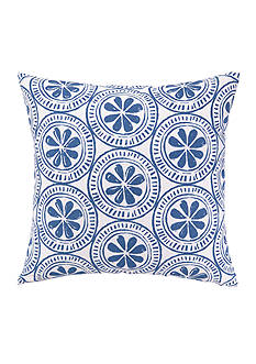 PEKING HANDICRAFT Sandy Dollar Outdoor Decorative Pillow