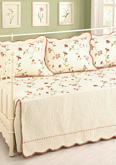 Modern Heirloom Collection Mallory Daybed Cover