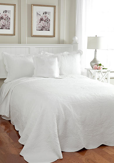 Modern Heirloom Collection Ariel Quilted Bedspread Collection