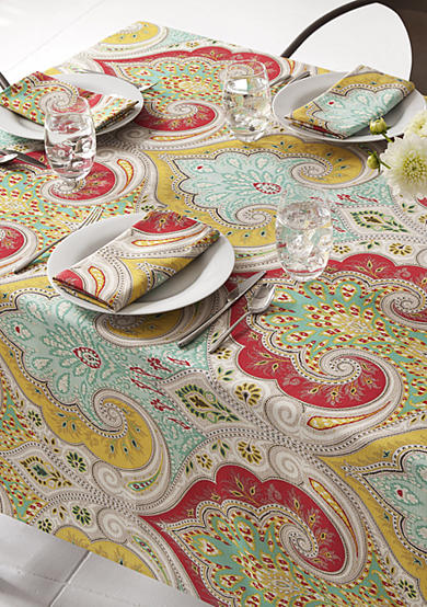 Echo® Jaipur Table Settings