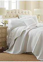 Highland Park White King Quilt 106-in x 92-in.
