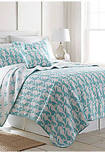 Seahorse King Quilt 106-in. x 92-in.