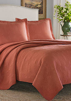 Stone Cottage Arbor Full/Queen Quilt/Sham Set in Cayenne