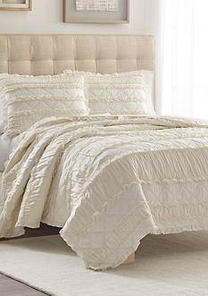 Stone Cottage Ivory Ruffle Full/Queen Quilt/Sham Set