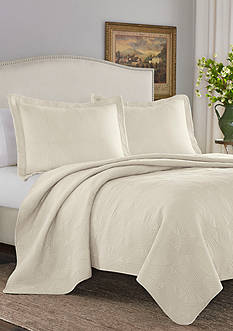Stone Cottage Arbor Full/Queen Quilt/Sham Set in Ivory