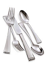 Classic Pearl 5-Piece Place Setting