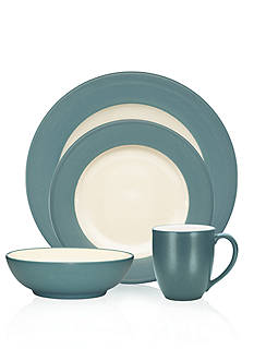 Noritake Colorwave Turquoise Rim 4-Piece Place Setting