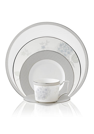 Wedgwood Patina Platinum Dinnerware