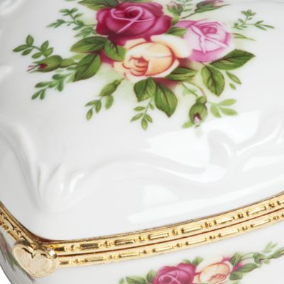 For The Home: Royal Albert: Rose Royal Albert Old Country Rose Heart Vase