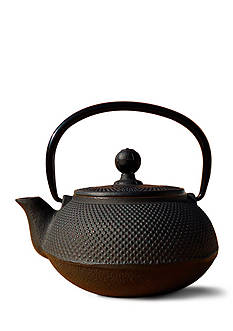 Old Dutch International, Ltd. Matte Black Cast Iron Sapporo Teapot