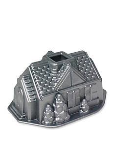 Nordic Ware Platinum Gingerbread House Bundt Pan