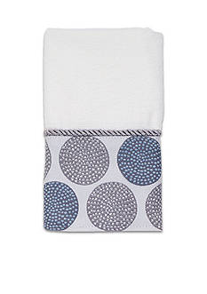 Avanti Dotted Circle Fingetip Towel