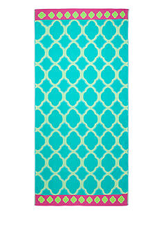 Home Accents® Scallop Medallion Beach Towel
