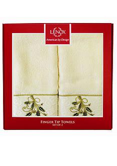 Lenox Holly and Ribbon Collection Fingertip Towel Box Set