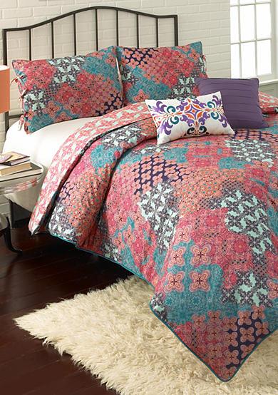 Vue Ondrian Reversible Comforter Set | Belk