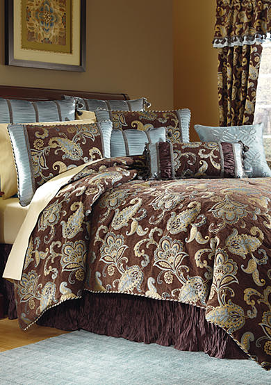 Biltmore® Morant Bedding Ensemble
