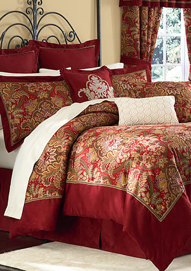 Pellegrini 4-Piece Bedding Collection