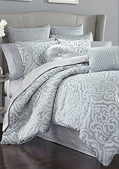 J Queen New York Harrison Comforter Set
