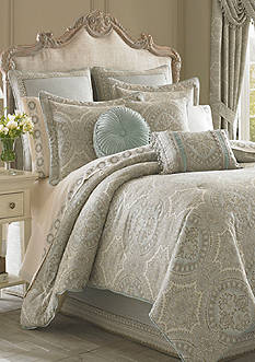 J Queen New York Colette Comforter Set