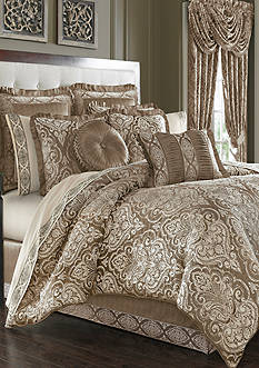 J Queen New York Stafford Comforter Set