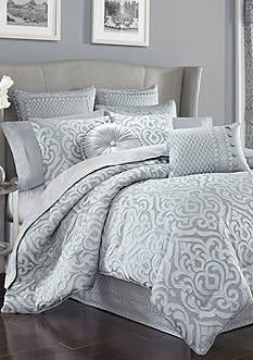 J Queen New York Harrison King Comforter Set
