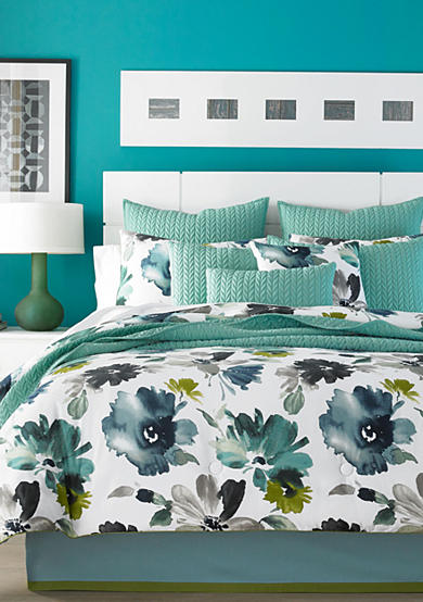 J by J Queen New York Midori Bedding Collection