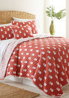 Elise & James™ Home Pineapple Quilt Collection
