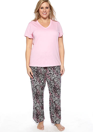 HUE® Plus Size Short Sleeve V-Neck Pajama Tee & Plus Size Leopard Lady Capri Length Pajama Pants