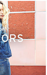 young woman in Levi's clothing shop Juniors