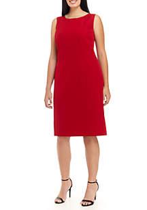 Plus Size Sleeveless Crepe Dress