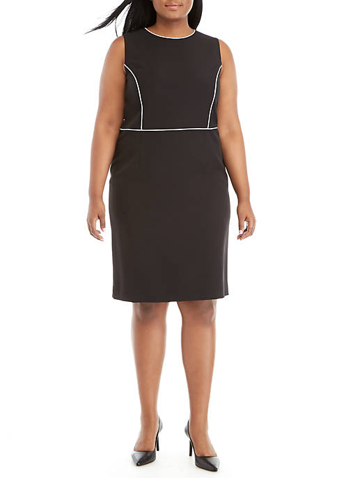 Plus Size Dress with Contrast Piping