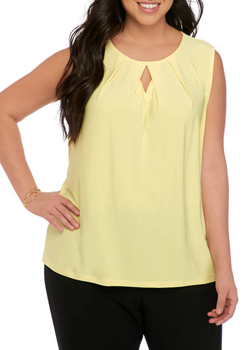 Plus Size Sleeveless Diamond Keyhole Knit Top