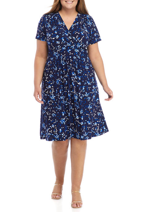 Kasper Plus Size Printed V-Neck Fit and Flare