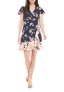 27c0a553 ... Vince Camuto Short Sleeve Floral Wrap Dress
