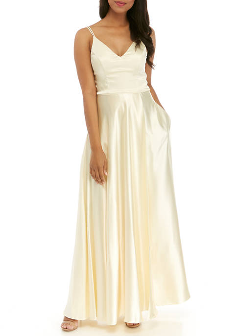 sequin hearts Womens Sleeveless Satin Gown