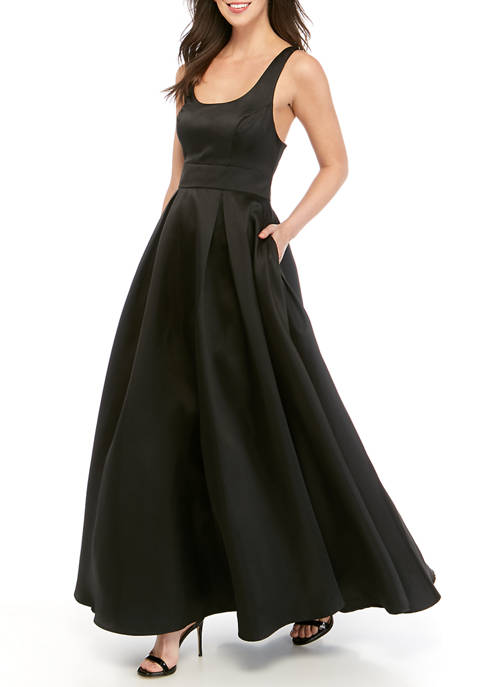 Womens Solid Ball Gown