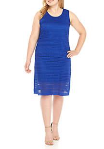 Plus Size Lace Sleeveless Shift Dress
