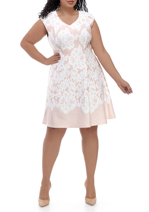 Plus Size V Neck Cap Sleeve Lace Fit and Flare Dress