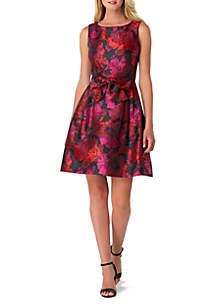 Sleeveless Printed Jacquard Dress