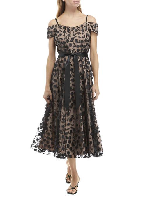 Womens Cold Shoulder Belted Floral Appliqué Dress