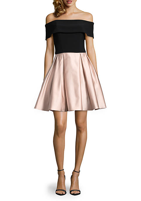 Betsy & Adam Off the Shoulder Jersey Bodice