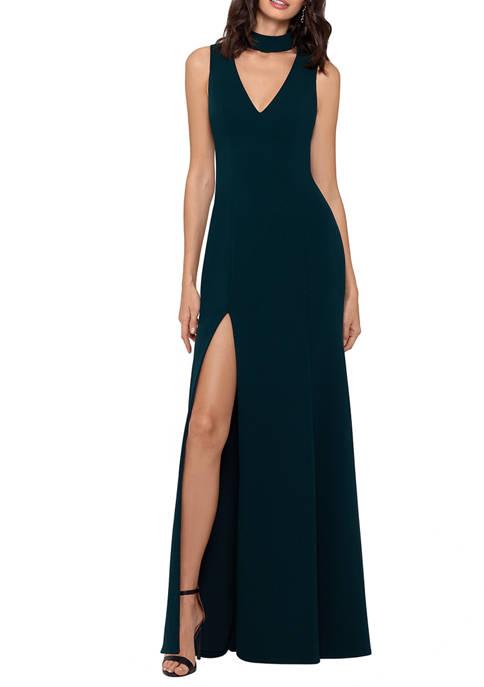 Womens Sleeveless Mock V-Neck Knit Gown